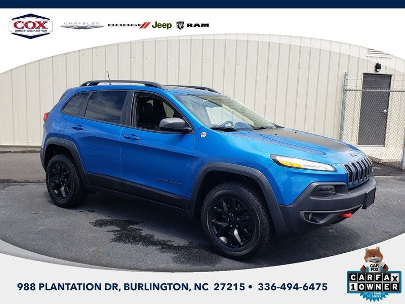 Pre-Owned 2017 Jeep Cherokee Trailhawk 4dr 4x4