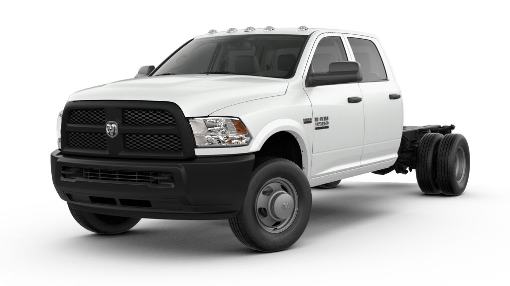 New 2018 RAM 3500 Chassis Cab Tradesman/SLT/Laramie 4x2 Crew Cab 172.4 in. WB