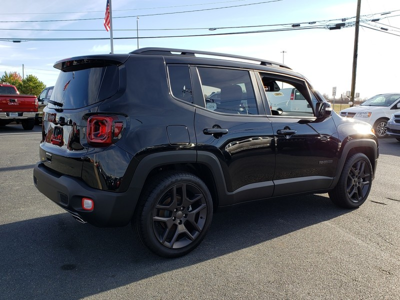 New 2020 JEEP Renegade Latitude 4dr Front-wheel Drive